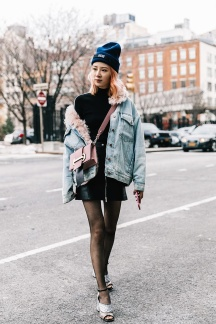 street_style_new_york_fashion_week_febrero_2017_dia_5_962666354_800x