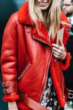 street_style_new_york_fashion_week_febrero_2017_dia_5_982618052_800x