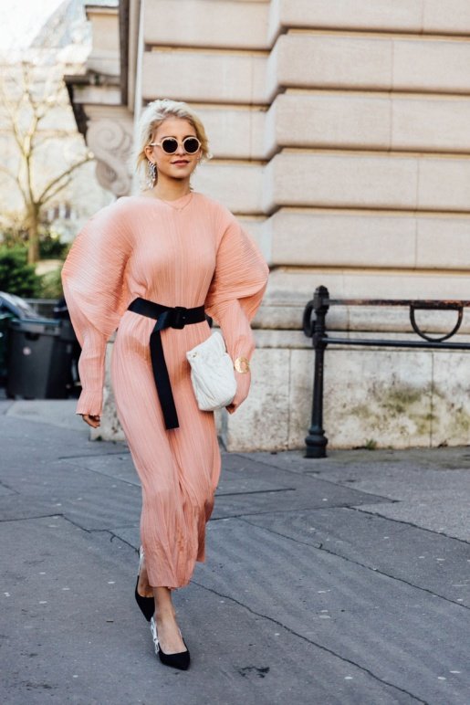 street_style_paris_fashion_week_dia_2_balmain_isabel_marant_273188311_800x