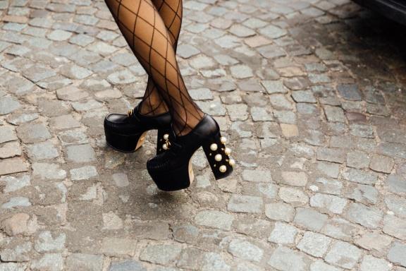 street_style_paris_fashion_week_dia_2_balmain_isabel_marant_364007630_1200x