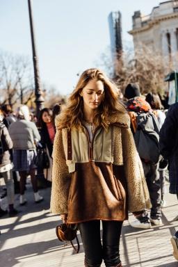 street_style_paris_fashion_week_dia_2_balmain_isabel_marant_411423723_800x